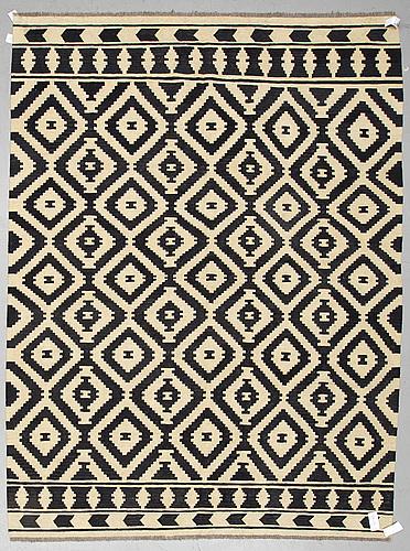 A carpet, kilim, ca 292 x 217 cm.