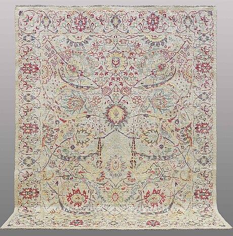 A carpet, oriental, ca 286 x 232 cm.