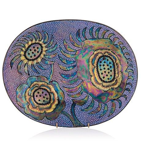 Birger kaipiainen, a stoneware decorative dish signed kaipiainen arabia.