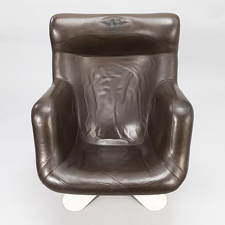 YrjÖ kukkapuro, a 1970's 'carousel' armchair for haimi finland.