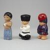 """Lisa larson, figuriner, stengods, 8 st, """"all världens barn"""", gustavsberg."""