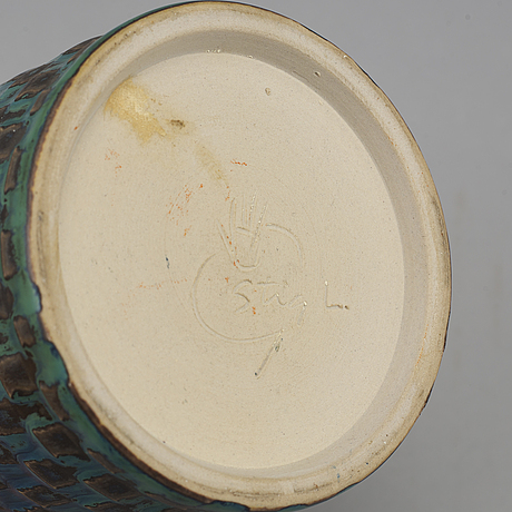 Stig lindberg, a stoneware vase, gustavsberg studio, sweden 1958-59.