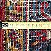 Matta, orientalisk heriz . ca 363x281 cm.