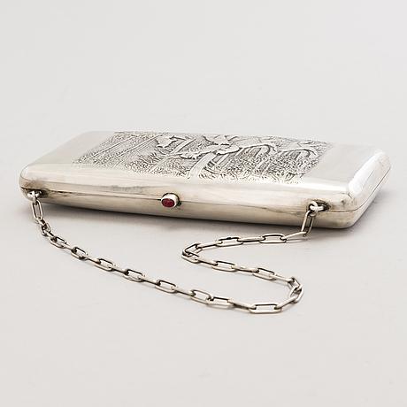 A latvian silver evening bag, mark of bernhard bergholtz, riga 1922-39.