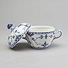 Royal copenhagen, kaffeservis, 15 dls musselmalet halvblond, porslin, första- och andrasortering.