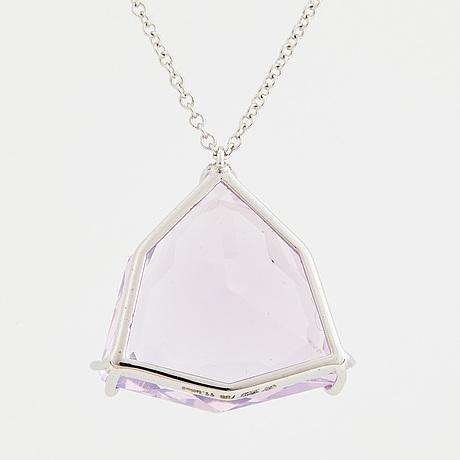 A faceted 'lavender quartz' necklace.