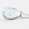 A drop shaped faceted aquamarine necklace.
