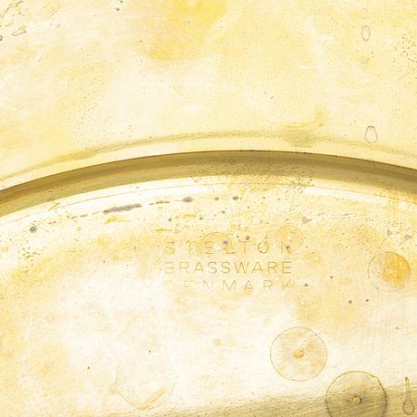 Kuverttallrikar,11 st,  stelton, danmark. (1 omärkt kuverttallrik i mässing medföljer).