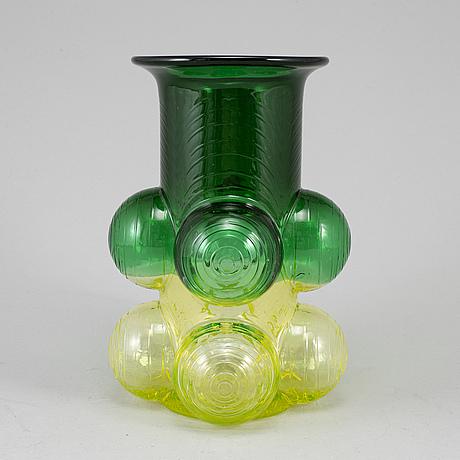 Nanny still, a 'pajazzo' glass vase from riihimäen lasi oy, finland, 1970's.