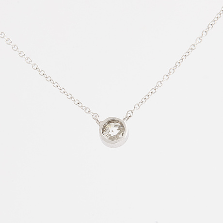 Brilliant-cut diamon solitaire necklace.