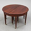 A early 20th century mahogany dining table.