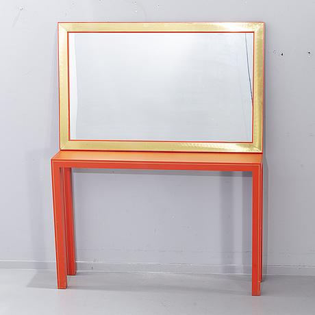 Spegel och konsolbord, 1900-talets senare del.