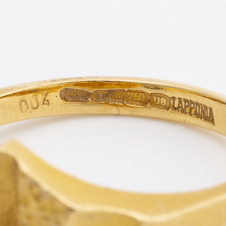 Lapponia ring 18k gold w 2 brilliant-cut diamonds 0,04 ct in total inscribed, finland 1997, original dustbag.