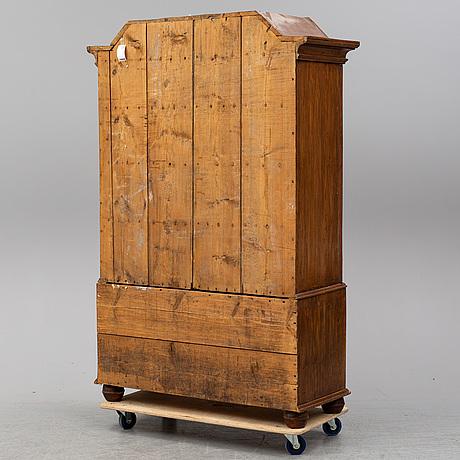 A pine baroque cabinet, 18th century.