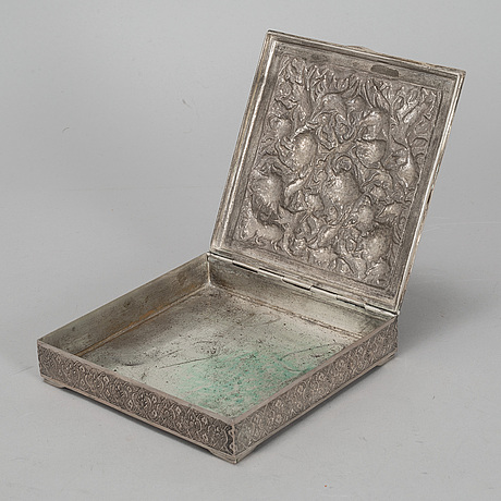 A silver box, first half of the 20th century.