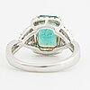 Ring, med smaragd ca 2.20 ct samt briljantslipade diamanter ca 0.55 ct.