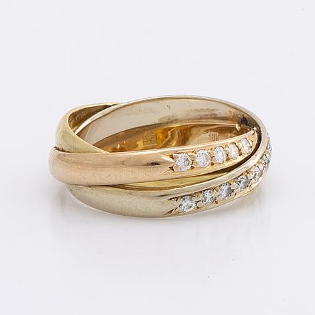 Ring 18k tri-coloured gold w brilliant-cut diamonds approx 0,20 ct in total, inscribed.
