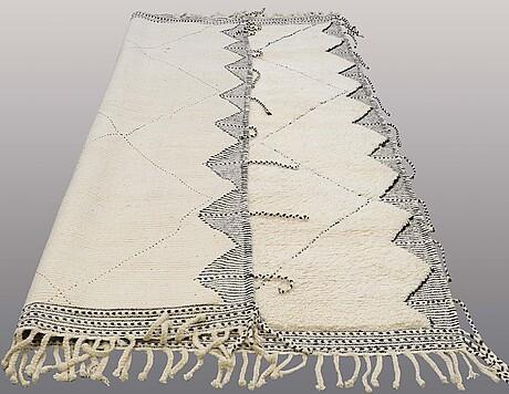 A carpet, morocco, ca 302 x 212 cm.