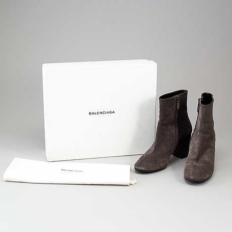 Balenciaga, a pair of grey suede boots, size 40.
