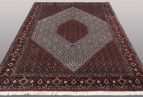 """A carpet, bidjar , s.k """" takab"""", ca 300 x 205 cm."""