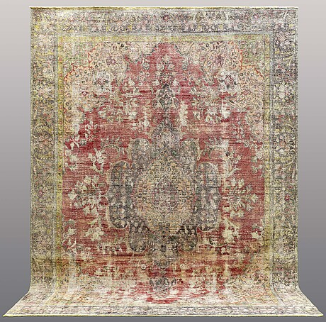 A carpet, oriental, ca 372 x 275 cm.