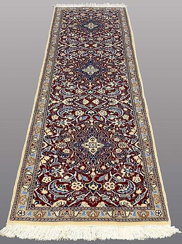 A runner, nain part silk, ca 280 x 76 cm.