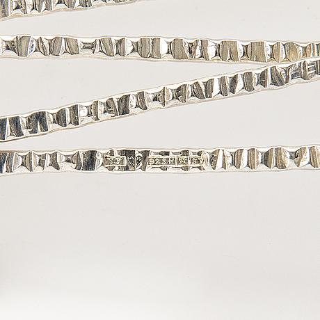 Elis kauppi, rannekoru ja riipus, stelringhopeaa, kupittaan kulta, turku 1970-71.
