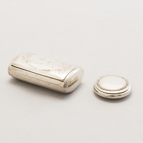 Silver boxes and cases, totally 6, finnish marks 1927-1945.
