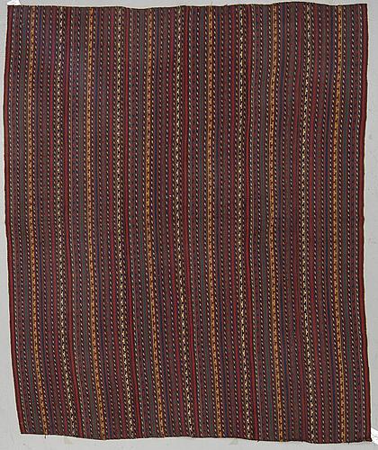 A carpet, old oriental flat weave, ca 179 - 184 x 148 cm.