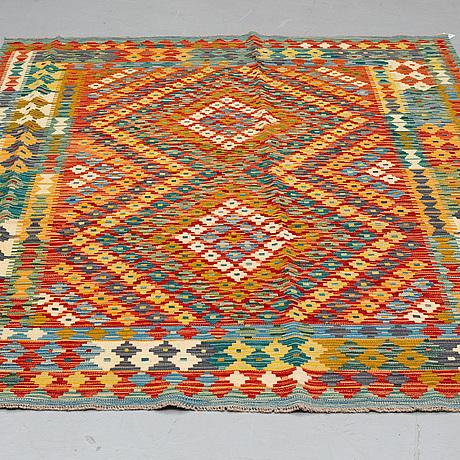 A rug, kilim 238 x 172 cm.