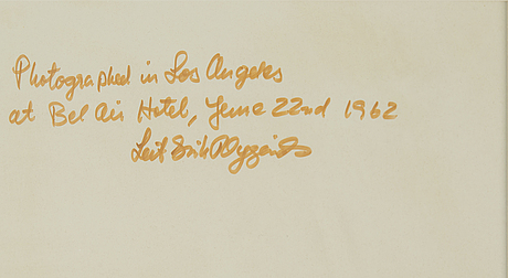 "Leif-erik nygÅrds, offsetprint, signerad, ""marilyn monroe photographed in los angeles at bel air hotel, june 27th 1962""."