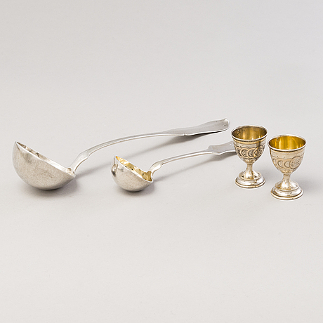Kauhoja, 2 kpl, ja munakuppipari, hopeaa, itävalta-unkari 1872-1922.