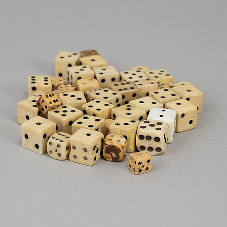 41 miniature dice, 19th/20th century.