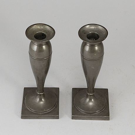 A pair  biedermeier pewter candlesticks, 19th century.