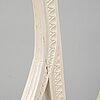 Karmstolar, ett par, gustavianska, signerade aas, anders andersson, strekered/lindome. 1700-tal.