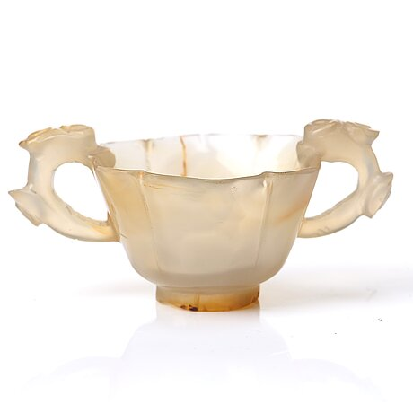 Two agathe cups and a censer with cover, qing dynasty.