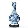 A blue and white lotus vase, 17th century.