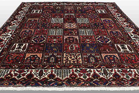 A carpet, baktiari, ca 410 x 336 cm.