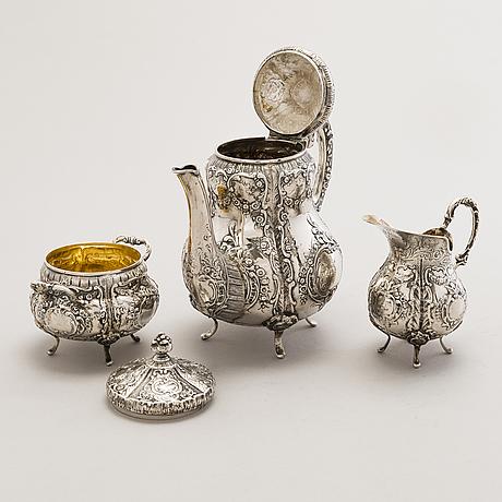 Pekka turtiainen, a 3-piece silver coffee set, helsinki 1975.