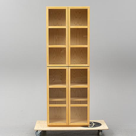 """Titti fabiani, bokskåp, """"book"""", 1900-talets slut."""