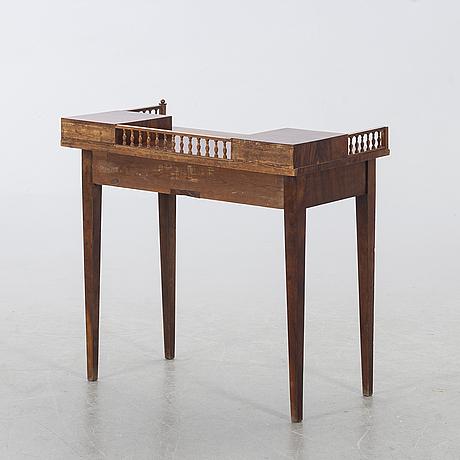 Skrivbord / arbetsbord, empire 1800-talets mitt.