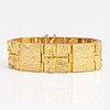 "BjÖrn weckstrÖm, an 18k gold bracelet ""quadrate forms"". lapponia 1976."