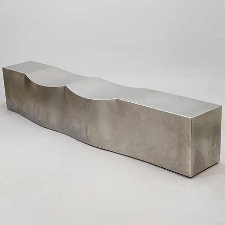 Chris howker, a 'double dip' bench for b&b italia project. design year 2006.