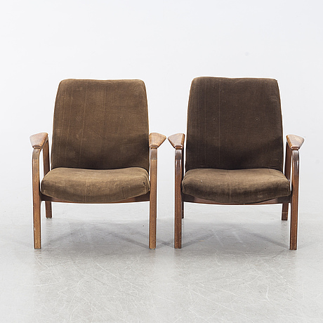 A pair of armchairs, mid/first half of the 20th century.