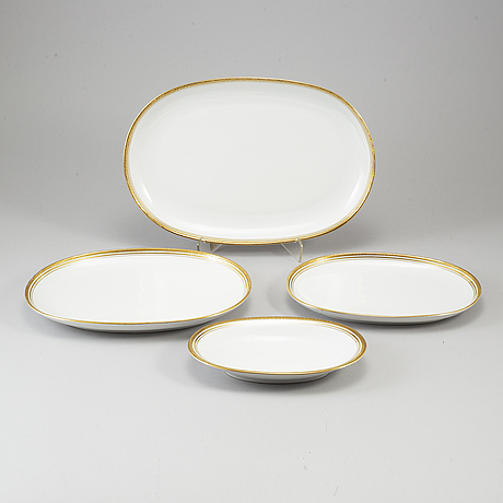 A 58 pcs porcelain dinner service by bareuther.