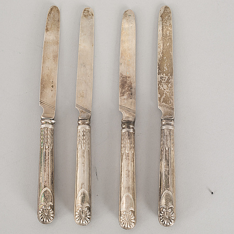 5 silver forks and 4 silver knives, some with mark of adolf zethelius, stockholm 1835.