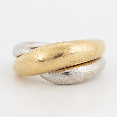 """Ole lynggaard ring 18k guld och vitguld """"fidelity""""."""