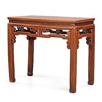 A hardwood altar table, Qing dynasty (1664-1912).
