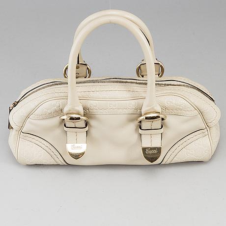 """Gucci, väska, """"guccissima leather shoulder bag""""."""