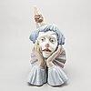 Figurin, lladro, glaserat stengods, 1981.